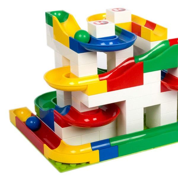 Hubelino igrače imajo visoko pedagoško vrednost